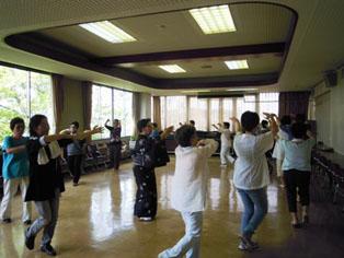 H24.7.19(木) 盆踊り講習会の様子